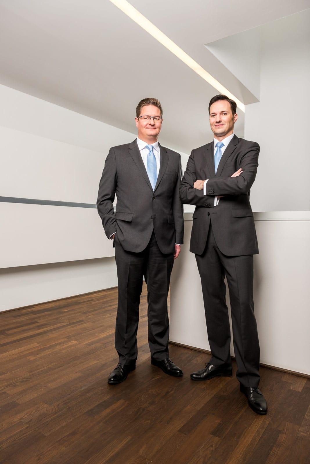 Inszenierte Portraits für den Geschäftsbericht / annual report der Volksbank Dortmund - Markus Mielek Fotograf