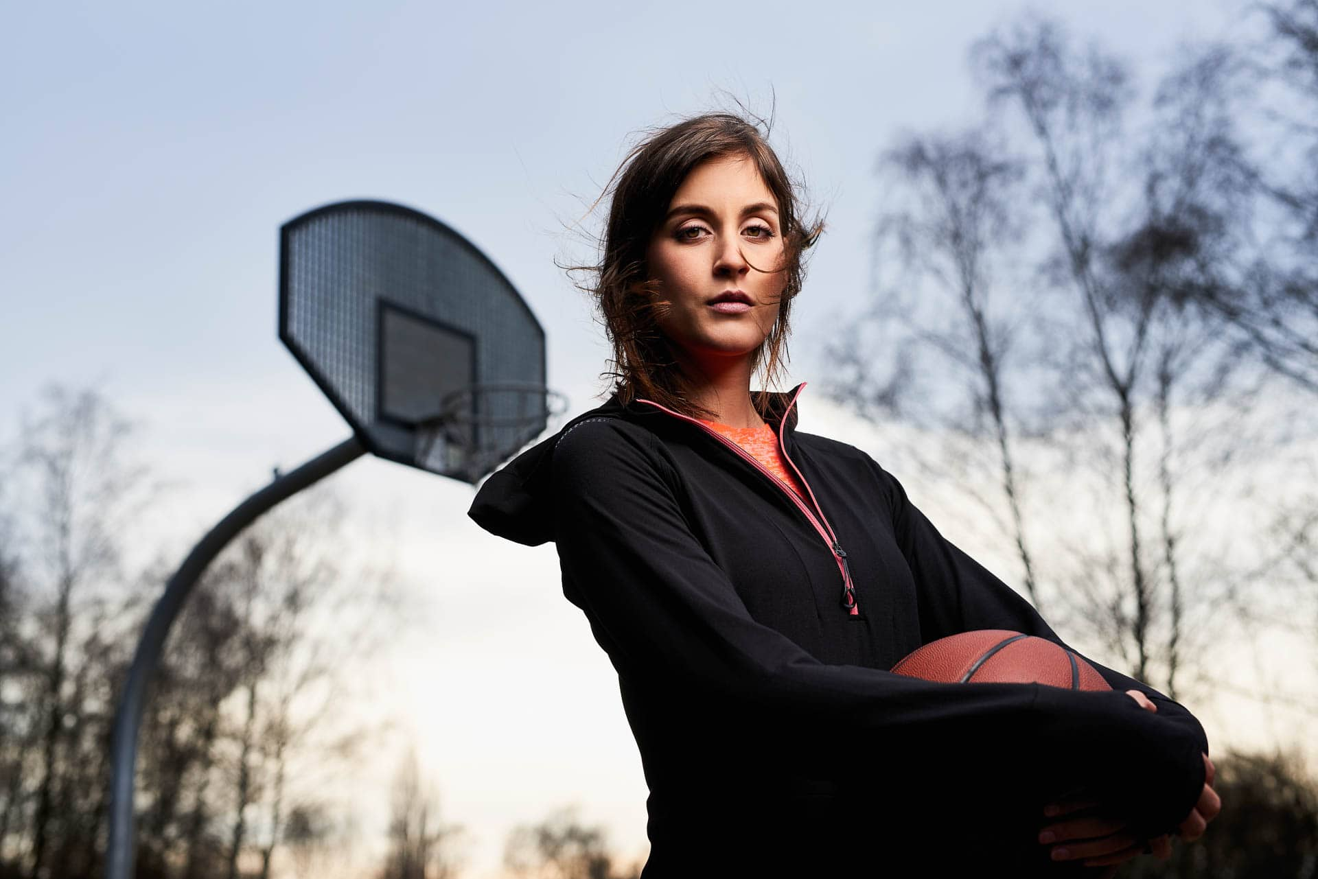 Sport Fitness Basketball Foto mit Model