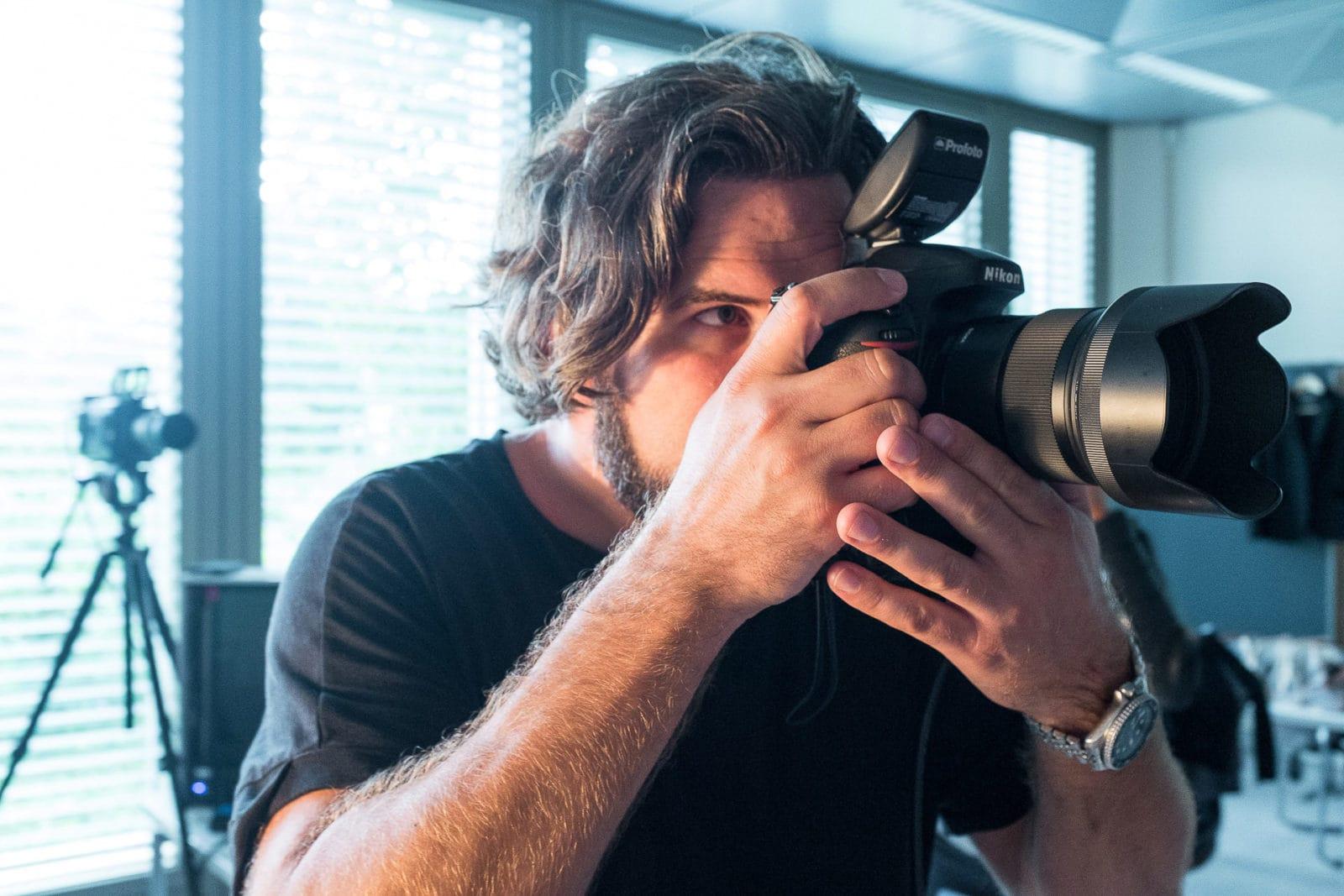 Werbefotograf Markus Mielek am Set - hier im Blog gibt es viele weitere Informationen über den Fotografen
