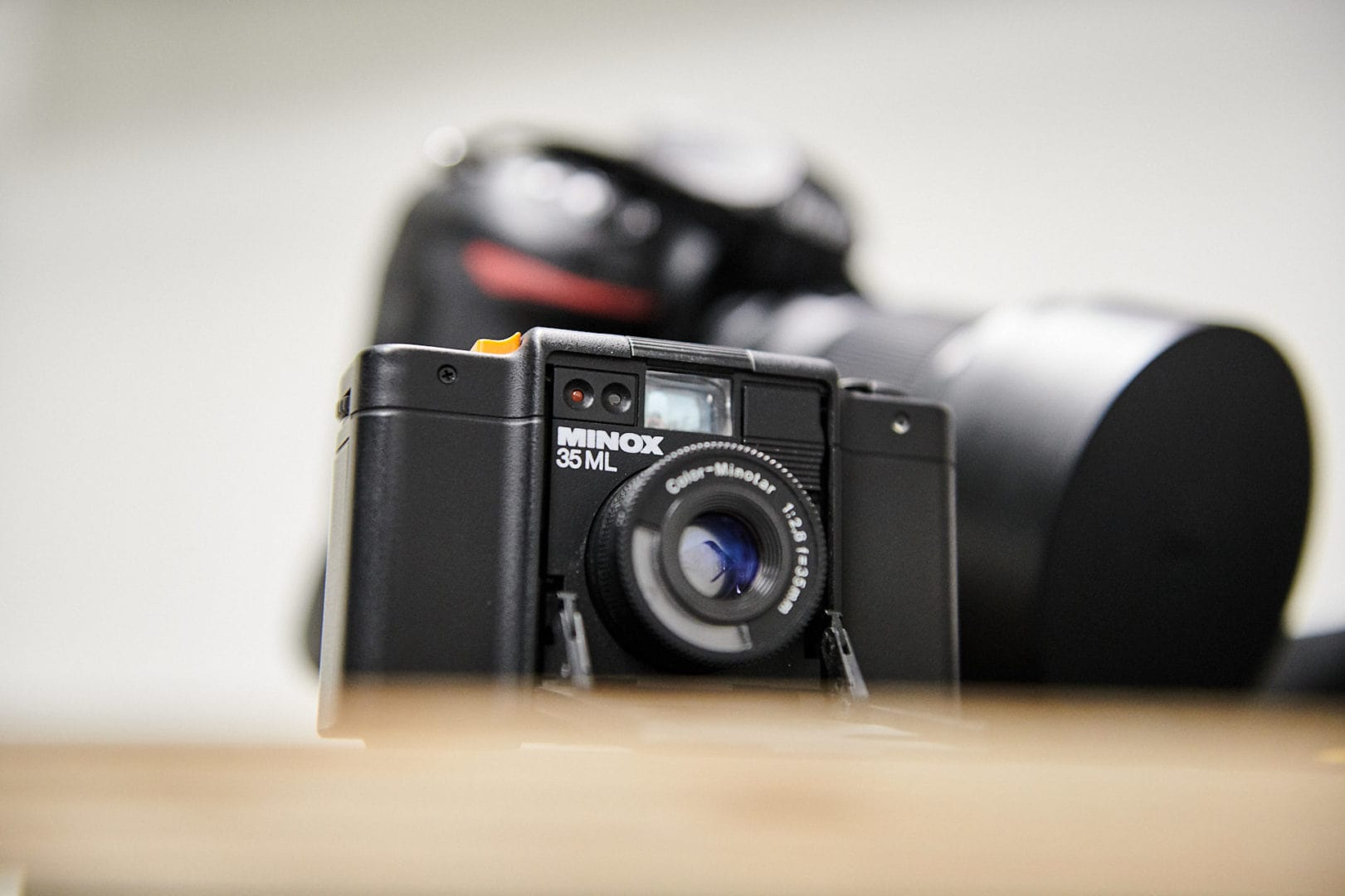 Minox und Nikon Kameras im Fotostudio Mielek in Dortmund