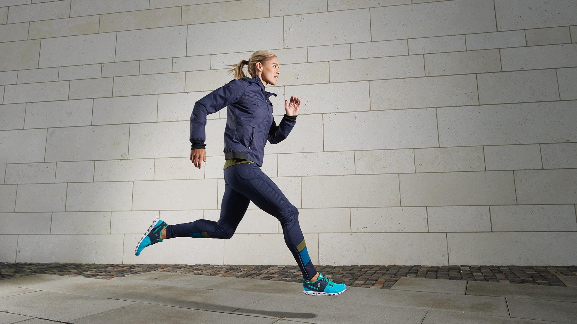 Werbeaufnahme für Runners Point mit Sport-Model von der Modelagentur Elace / München