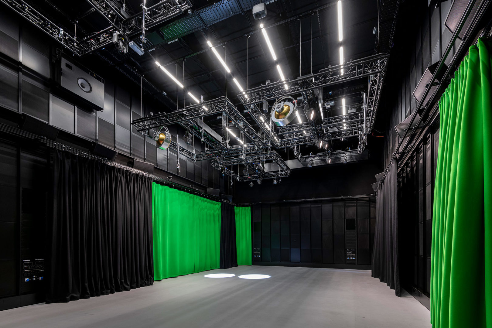 Filmstudio mit Greenscreen im YouTube Space Berlin