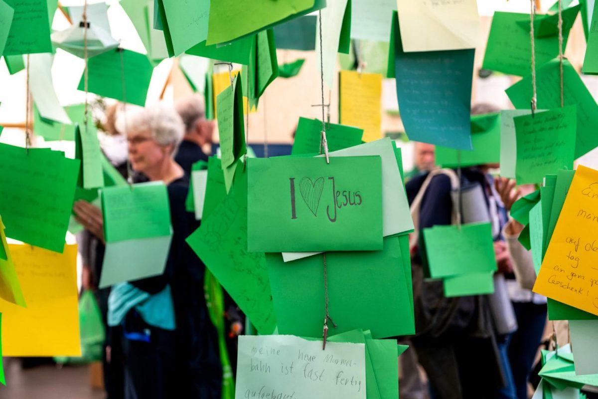 Reportage über den Kirchentag in Dortmund mit kleinen Details