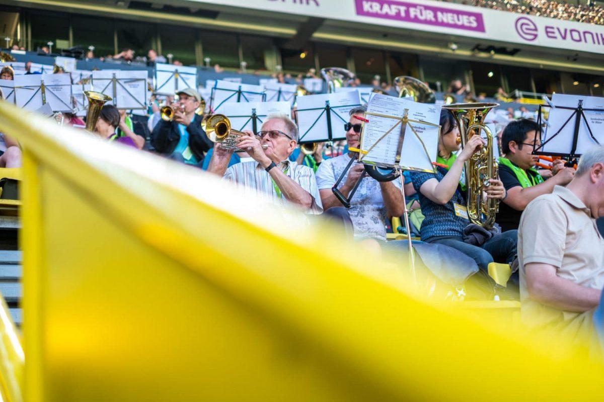 Portrait der Musiker im Westfalenstadion von Markus Mielek